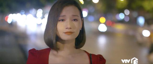 Tình yêu và tham vọng - Tập 52: Nuốt nước mắt vào trong, Tuệ Lâm ra đi không một lời từ biệt Minh - Ảnh 18.