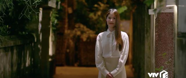 Tình yêu và tham vọng - Tập 52: Nuốt nước mắt vào trong, Tuệ Lâm ra đi không một lời từ biệt Minh - Ảnh 30.