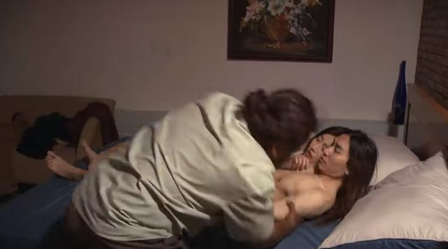 Cát đỏ - Tập 12: Quang lên giường với cô gái khác khi Nhan nằm viện - Ảnh 3.