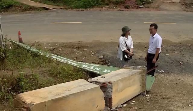 Cổng trường bị sập ở Lào Cai: Trụ gạch không cốt thép, kinh phí 14 triệu đồng - Ảnh 1.