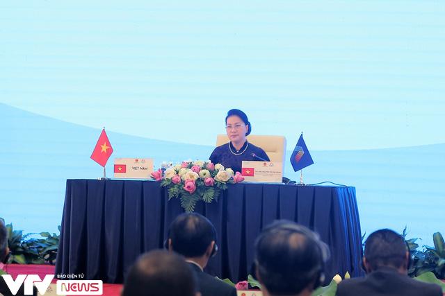 Bế mạc Đại hội đồng AIPA 41 tại Việt Nam, chuyển giao vai trò Chủ tịch cho Brunei - Ảnh 3.