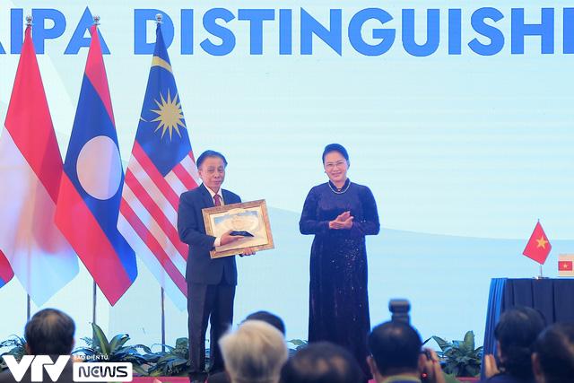 Bế mạc Đại hội đồng AIPA 41 tại Việt Nam, chuyển giao vai trò Chủ tịch cho Brunei - Ảnh 5.