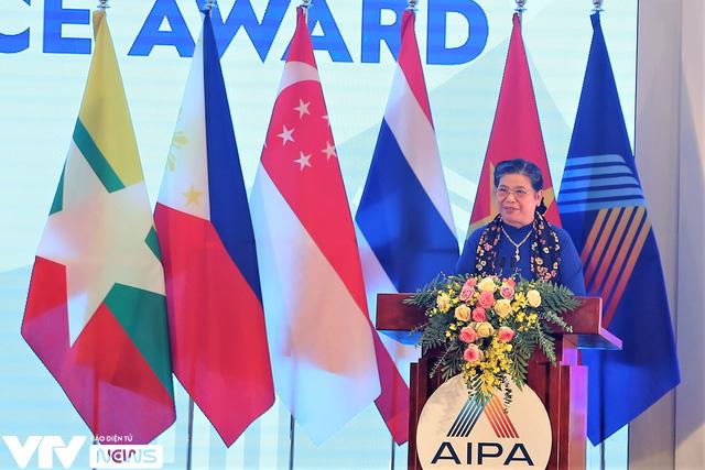 Bế mạc Đại hội đồng AIPA 41 tại Việt Nam, chuyển giao vai trò Chủ tịch cho Brunei - Ảnh 6.