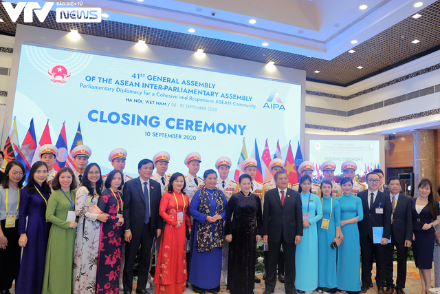 Bế mạc Đại hội đồng AIPA 41 tại Việt Nam, chuyển giao vai trò Chủ tịch cho Brunei - Ảnh 8.