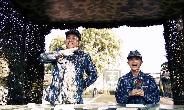 Ca sĩ Phạm Quỳnh Anh xiêu lòng trước sự đa tài của các chiến sĩ Trung đoàn Tên lửa 274 - Ảnh 1.