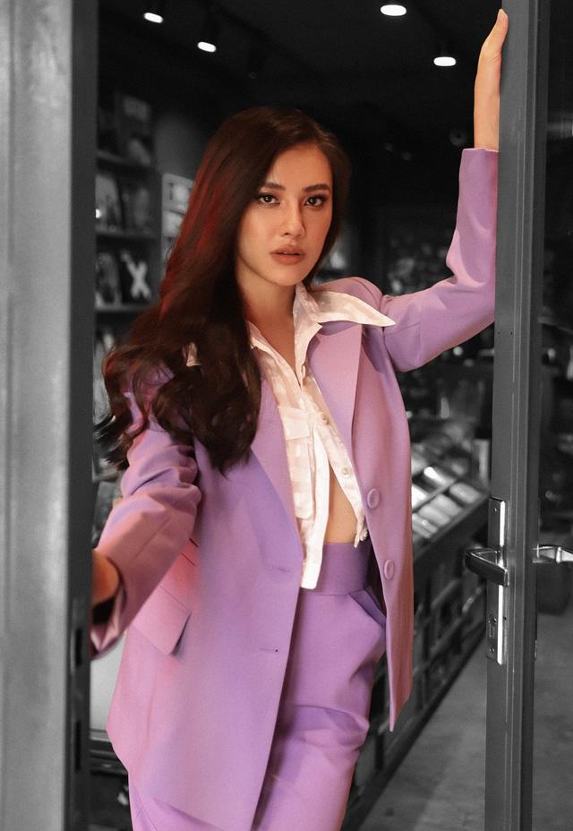 """Diện vest sắc màu """"hot trend"""" như Á hậu Kim Duyên - ảnh 7"""