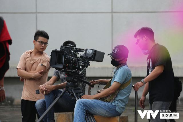 Hé lộ Hồng Đăng - Hồng Diễm cãi nhau trong phim mới - Ảnh 12.