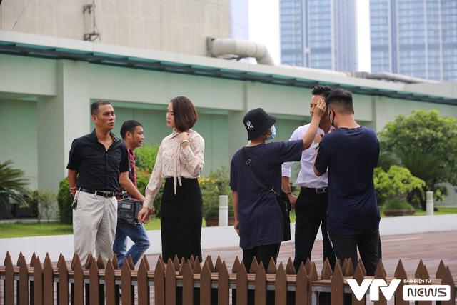 Hé lộ Hồng Đăng - Hồng Diễm cãi nhau trong phim mới - Ảnh 11.