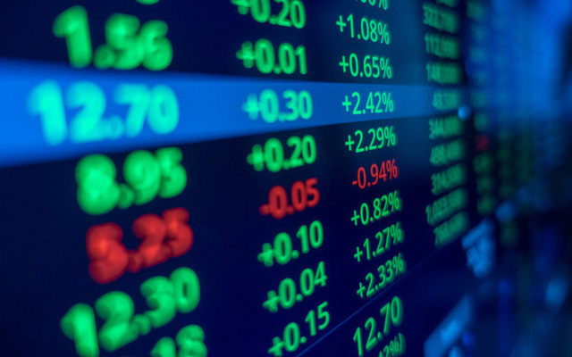 Đổ tiền vào đâu khi vàng nguội, lãi suất thấp và nhà đất đìu hiu? - Ảnh 1.