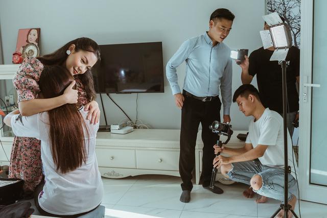Ca sĩ Nguyễn Ngọc Anh công khai chồng mới và biệt thự sang trọng - Ảnh 2.