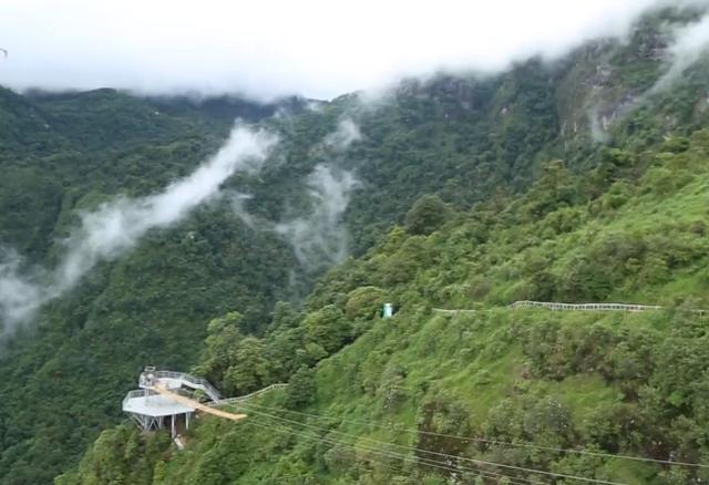 Ngẩn ngơ trước vẻ đẹp của núi rừng Tây Bắc từ trên cao - ảnh 4