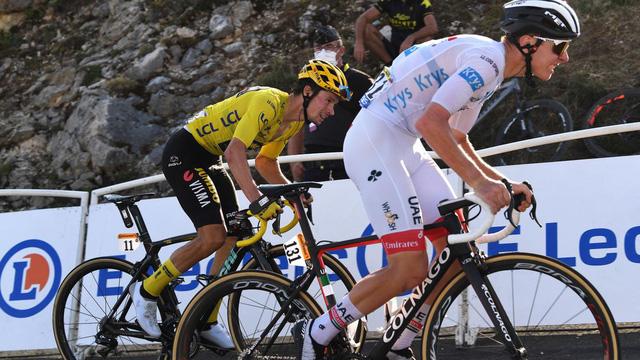 Chặng 15 Tour de France: Tadej Pogacar giành chiến thắng ngoạn mục - Ảnh 3.