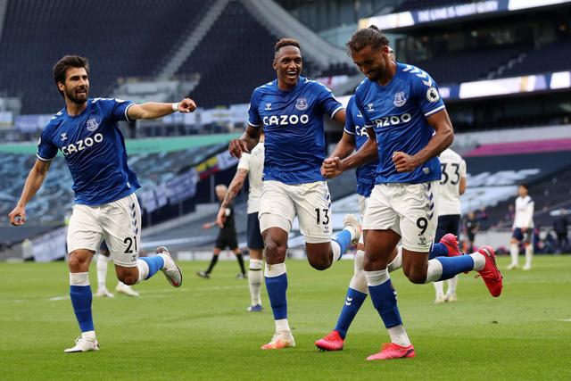 Kết quả vòng 1 Ngoại hạng Anh hôm nay: Tottenham 0-1 Everton, West Brom 0-3 Leicester City - Ảnh 4.