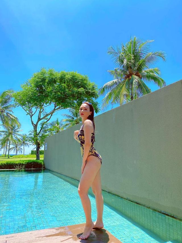 Bảo Thanh diện bikini cực gợi cảm qua góc máy của chồng - ảnh 14
