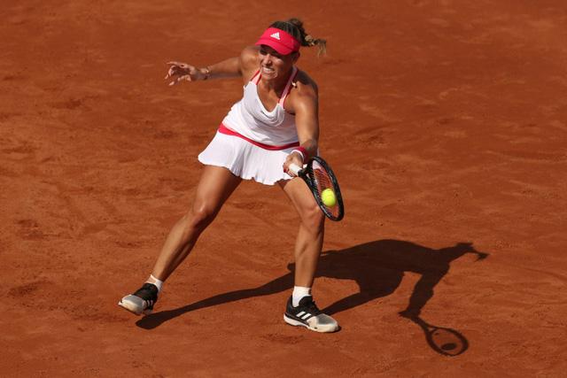 Bất ngờ liên tiếp tại giải quần vợt Italia mở rộng - Ảnh 2.