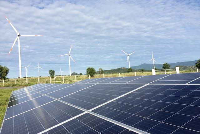 Vận hành 21 công trình lưới điện giải tỏa công suất nguồn năng lượng tái tạo - Ảnh 1.