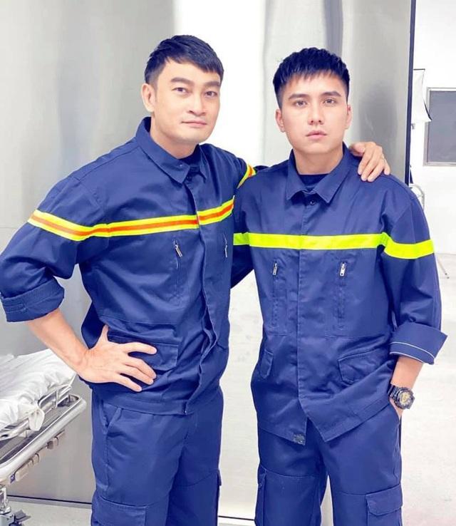 Lộ diện dàn lính cứu hỏa cực soái ca trong phim mới của VFC - ảnh 9