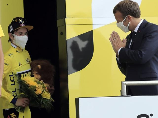 Miguel Angel Lopez về nhất chặng 17 Tour de France 2020 - Ảnh 2.