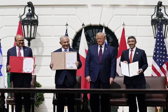 Thỏa thuận lịch sử giữa Israel với UAE và Bahrain khép lại nhiều thập niên thù hằn - Ảnh 3.