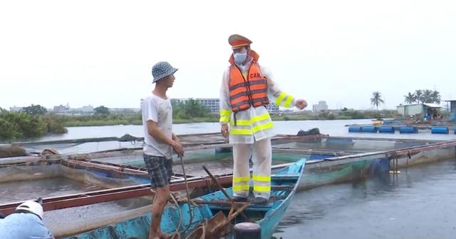 Đà Nẵng đảm bảo giao thông đường thủy ứng phó bão số 5 - Ảnh 1.