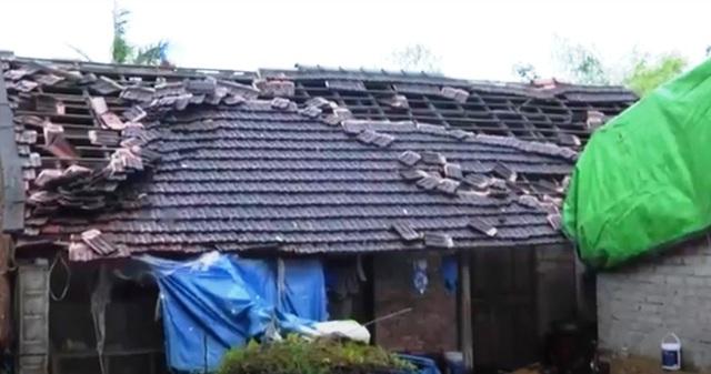 Hà Tĩnh thiệt hại hơn 700 triệu đồng do bão số 5 - Ảnh 1.