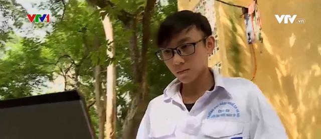 Chàng trai từng trượt đại học đại diện Việt Nam tham dự cuộc thi vô địch thế giới - Ảnh 1.