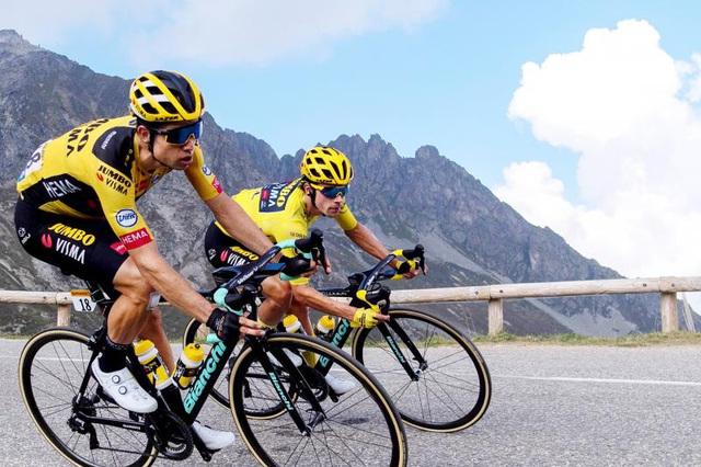 Chặng 18 Tour de France 2020: Primoz Roglic tiếp tục dẫn đầu - Ảnh 1.