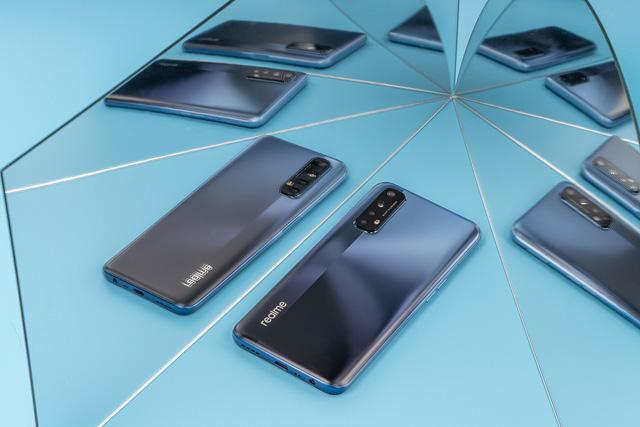 Cận cảnh Realme 7: Smartphone đầu tiên trên thế giới chạy Helio G95 - Ảnh 2.