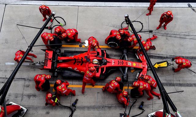 Ferrari dự định sẽ nâng cấp xe tại GP Nga - Ảnh 1.