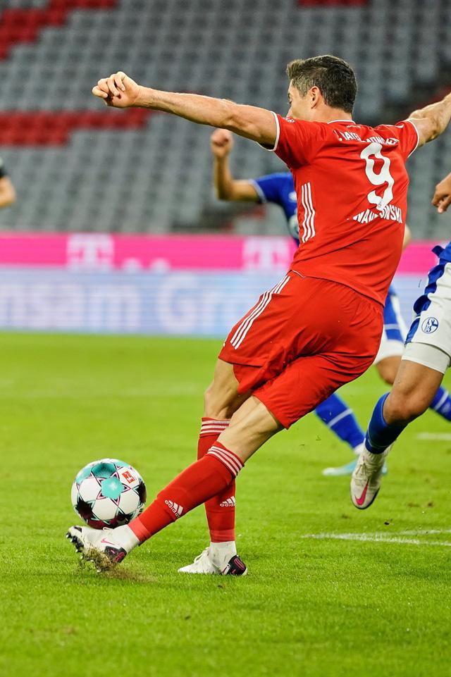 Bayern Munich 8-0 Schalke: Khởi đầu ấn tượng! (Vòng 1 Bundesliga 2020-21) - Ảnh 3.