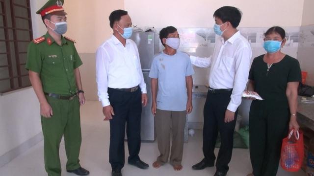Sầm Sơn dỡ bỏ phong tỏa cách ly y tế nơi ở của BN748 - Ảnh 3.