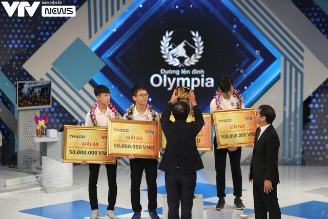 Nhìn lại những khoảnh khắc đáng nhớ của nữ Quán quân Đường lên đỉnh Olympia 2020 - Ảnh 9.
