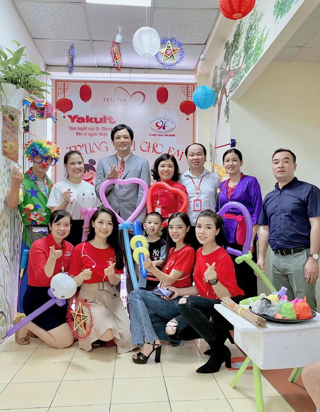 Quỹ Tấm lòng Việt cùng đơn vị thiện nguyện tổ chức Trung thu cho em cho các bệnh nhi tim bẩm sinh - Ảnh 6.