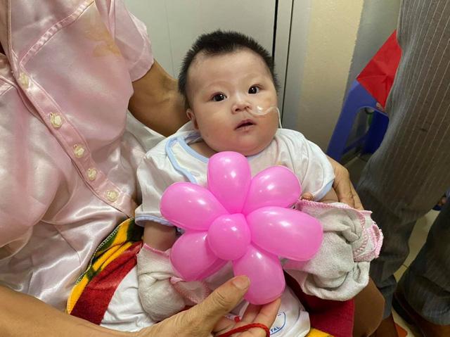 Quỹ Tấm lòng Việt cùng đơn vị thiện nguyện tổ chức Trung thu cho em cho các bệnh nhi tim bẩm sinh - Ảnh 8.