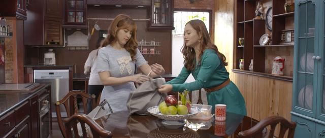 Trói buộc yêu thương - Tập 1: Xông vào phòng ngủ, mẹ phát hiện cảnh nóng của con trai với bạn gái - Ảnh 4.