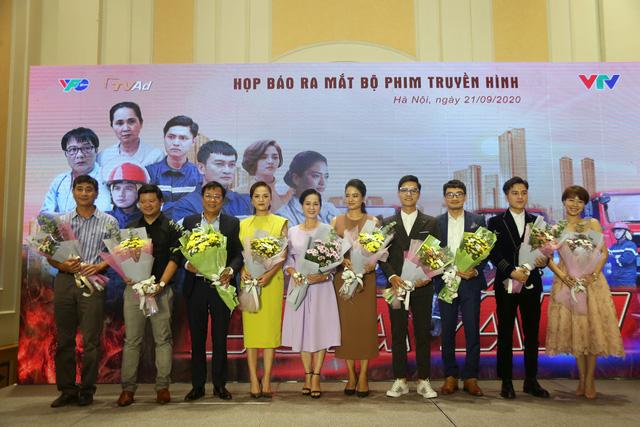 Thu Quỳnh hoá tiểu tam, người mẫu Thuý Hằng trở lại màn ảnh sau 5 năm mất tích - Ảnh 2.
