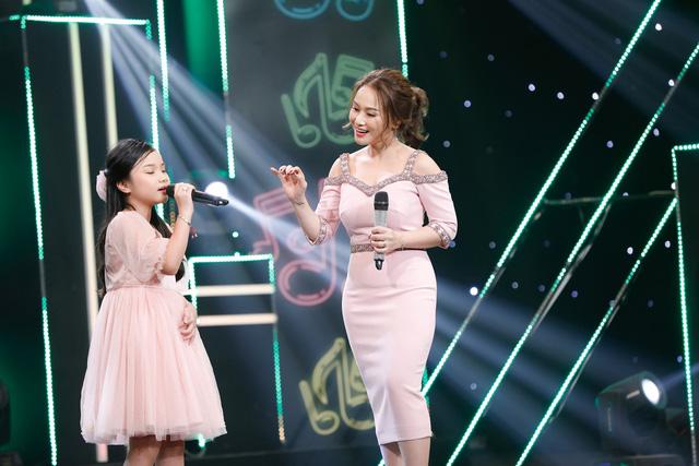 2 lần phẫu thuật dây thanh quản, vợ cũ MC Thành Trung bất ngờ trở lại sân khấu với con gái - Ảnh 5.