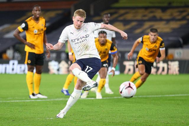 Wolverhampton 1-3 Man City: Khởi đầu thuận lợi cho á quân Ngoại hạng Anh - Ảnh 3.