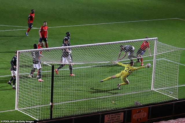 Man Utd có chiến thắng đầu tiên ở mùa giải mới - Ảnh 1.