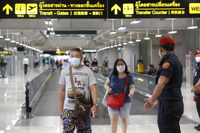 Du khách bị mắc kẹt ở Thái Lan do COVID-19 phải gia hạn visa muộn nhất tới 26/9 - Ảnh 1.