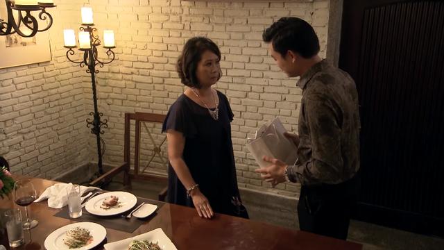 Lựa chọn số phận - Tập 68: Phút trước mắng Trang té tát, phút sau Tấn lại ngon ngọt dụ dỗ - Ảnh 1.