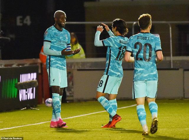 Lincoln City 2-7 Liverpool: Thắng lợi tưng bừng cho The Kop - Ảnh 3.