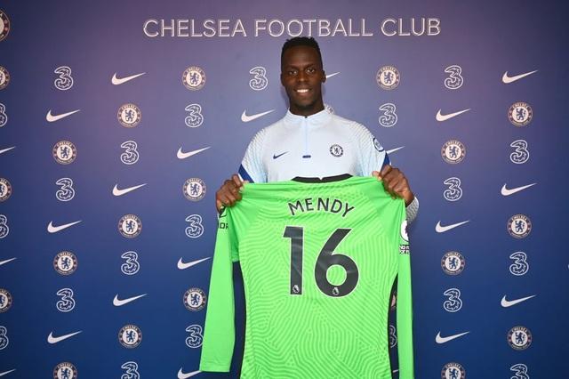 Edouard Mendy chính thức cập bến Chelsea - Ảnh 1.