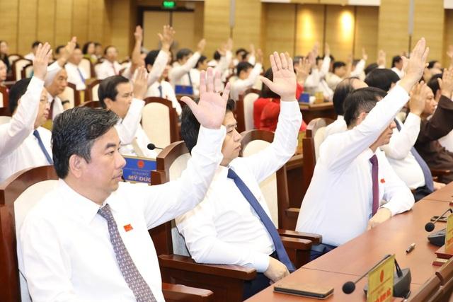 Bãi nhiệm chức danh Chủ tịch UBND TP Hà Nội của ông Nguyễn Đức Chung - Ảnh 1.