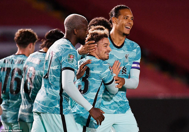 Lincoln City 2-7 Liverpool: Thắng lợi tưng bừng cho The Kop - Ảnh 1.