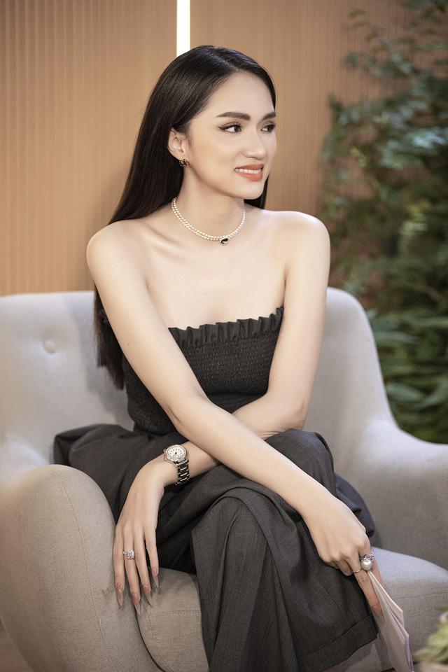 Hoa hậu Hương Giang: Chuyện tình cảm của một người chuyển giới áp lực kinh khủng - ảnh 3