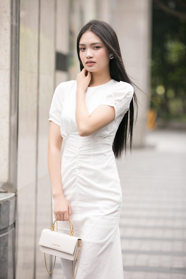 30 cô gái đầu tiên lọt vào Bán kết Hoa hậu Việt Nam 2020 - Ảnh 11.