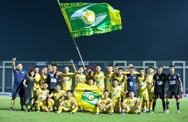 Sông Lam Nghệ An vô địch giải U17 Quốc gia - Ảnh 2.
