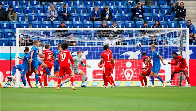 Hoffenheim 4-1 Bayern Munich: Địa chấn tại Bundesliga! - Ảnh 1.