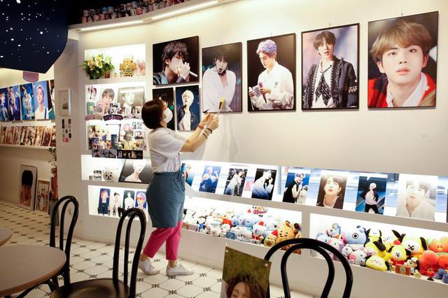 Thương vụ IPO nóng nhất Hàn Quốc trong 3 thập kỷ của công ty quản lý BTS - Ảnh 2.